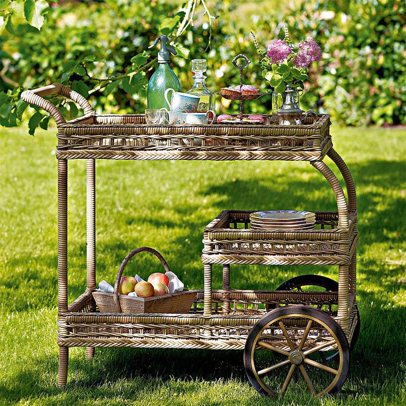 Servierwagen: Wetterfeste Gartenmöbel im britischen Kolonialstil ...