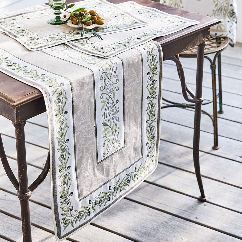 Tischlaufer Zeitlos Schone Oliven Tischwasche Aus Der Provence