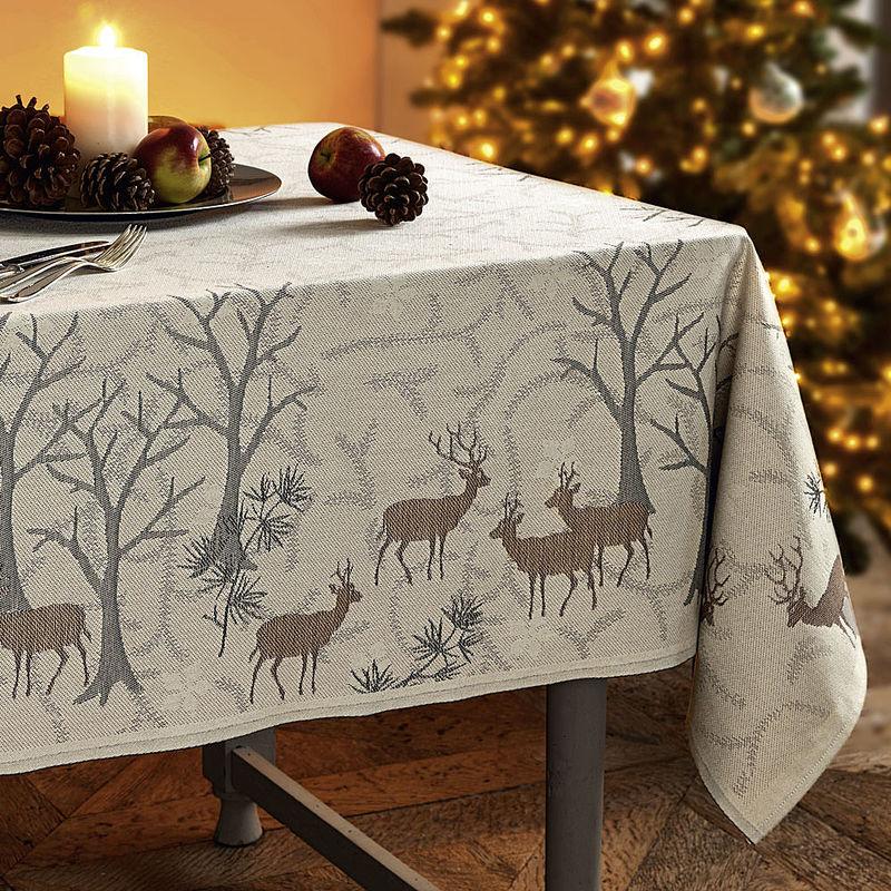 tischdecken winterwald impressionen auf schwedischer. Black Bedroom Furniture Sets. Home Design Ideas