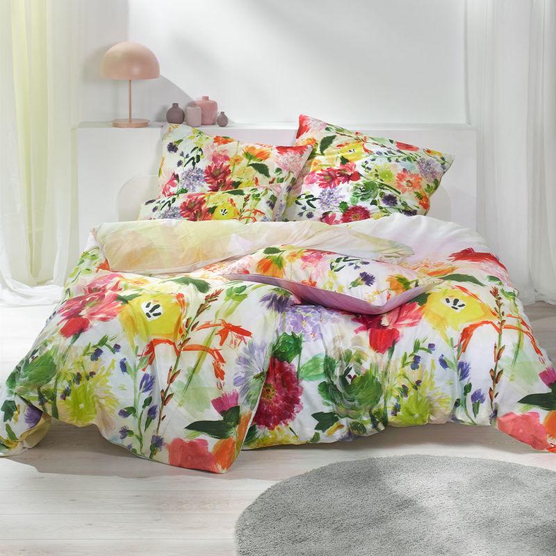 Opulente Blütenpracht Auf Kühlender Satin Bettwäsche Julia Grote Shop