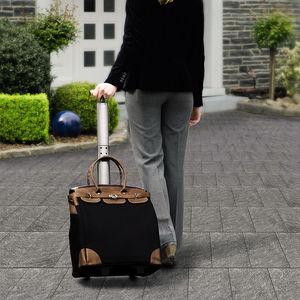 bequemer einkaufen an griffen tragen oder als trolley. Black Bedroom Furniture Sets. Home Design Ideas