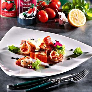 scampi auf tomaten mozzarella terrine mit schwarzer tapenade rezept hagen grote shop. Black Bedroom Furniture Sets. Home Design Ideas