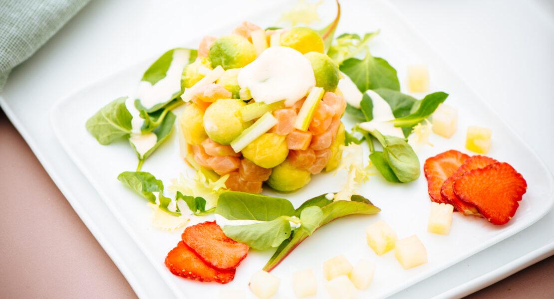 Rezept Avocado-Lachstartar mit Honig-Senfcreme
